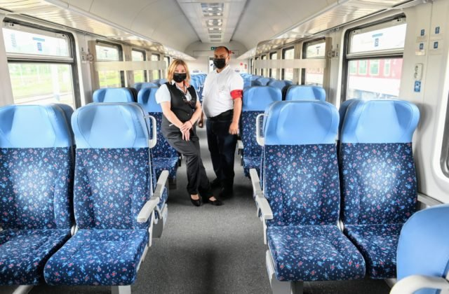 102339_milan-jano-z-michalian-vlakovy-asistent-v-oblastnej-sprave-depa-kosice-je-vdacny-za-pracu-na-zeleznici-640×420.jpg
