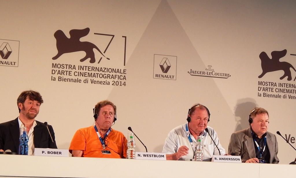 Benatky - Festival  Víťazný film  - Holub sedel na konária premýšľal o živote režiséra Roy ANDERSENA