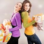 Dvě dívky s dárečky