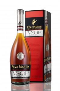 Remy Martin VSOP MCF packshot with GB_MD