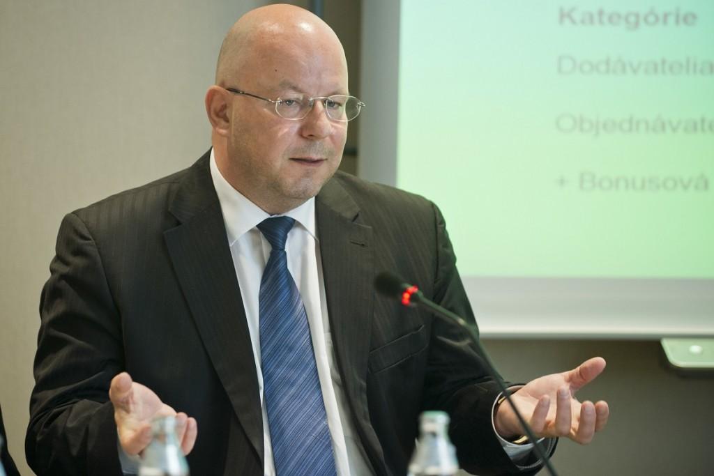 Na snímke generálny riadite¾ TASR Jaroslav Rezník