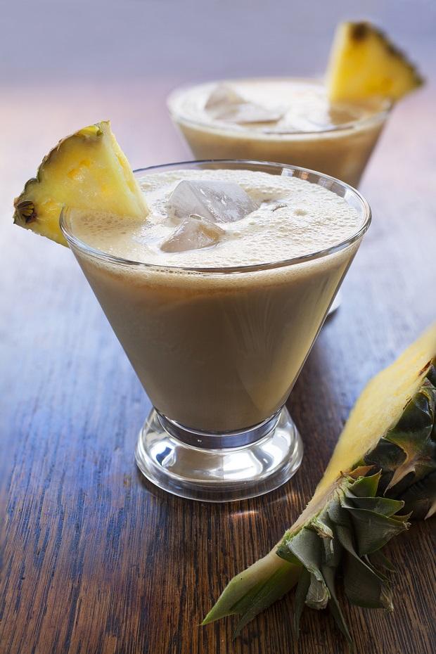 ananasova vasen s Carom zm