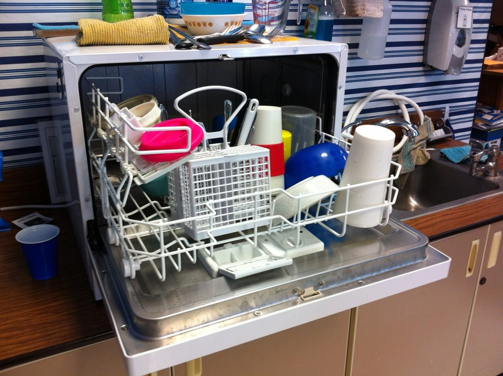 dishwasher-526358_1280