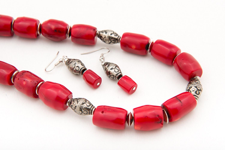 02b089b4e Viaceré šperky Soni Zavarskej si môžete pozrieť aj na www.nonadesign.sk. Ak  vás niektorý šperk oslovil, stačí poslať email na info@nonadesign.sk, ...
