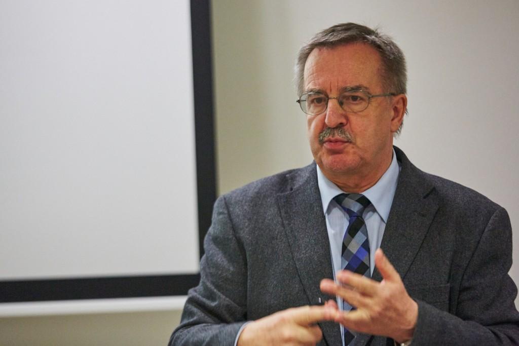 prof. Murin